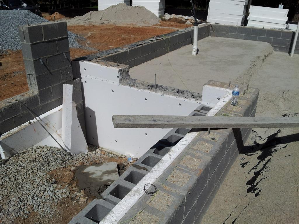 passive house foundation materials and insulation
